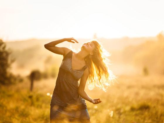Murmures de l'âme, Célia Imboden, Célia Ricardo, médiumnité, médium, défunts, guérison, reiki, soin énergétique, transe, hypnose, hypnothérapie, tarots, spiritualité, méditation, sierre, valais, rêve, déployez ses ailes, intuition, guidance, écriture inspirée, séminaire, cours intuition, auto-hypnose, energy dome, thérapeute, faiseurs de secrets, guérisseurs, guérison spirituelle